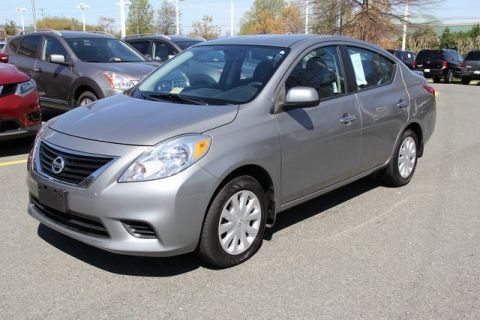 Certified Pre-Owned 2013 Nissan Versa 1.6 SV