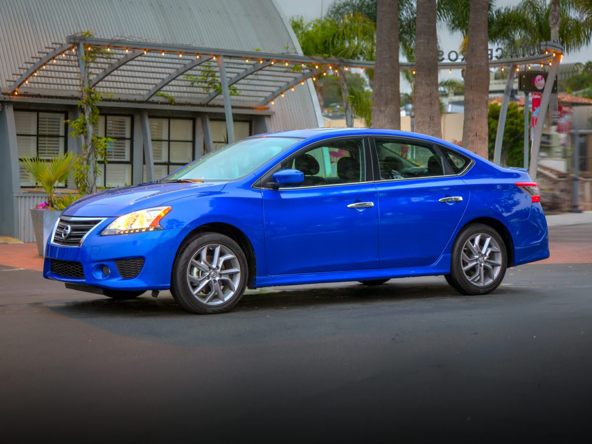 Pre-Owned 2014 Nissan Sentra